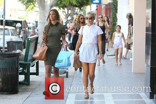 rochelle wiseman and mollie king of the 4043731