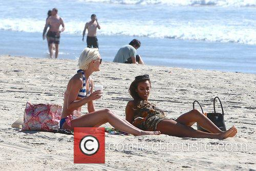Rochelle Humes, The Saturdays, Victoria Sandford and Venice Beach 8