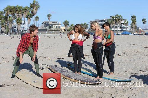 Vanessa White, Mollie King, Frankie Sandford, The Saturdays and Venice Beach 5