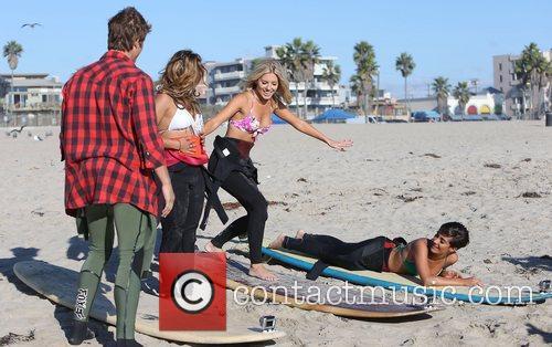 Vanessa White, Mollie King, Frankie Sandford, The Saturdays and Venice Beach 7