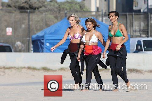 Mollie King, Vanessa White, Frankie Sandford, The Saturdays and Venice Beach 6