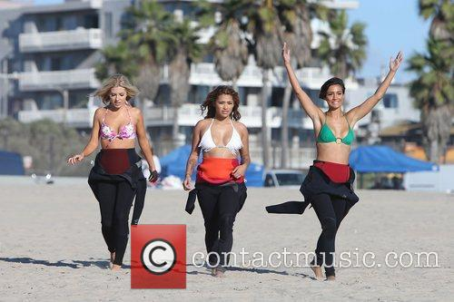 Mollie King, Vanessa White, Frankie Sandford, The Saturdays and Venice Beach 4
