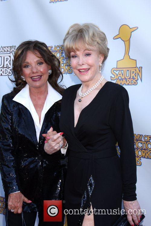 Dawn Wells and Barbara Eden 1