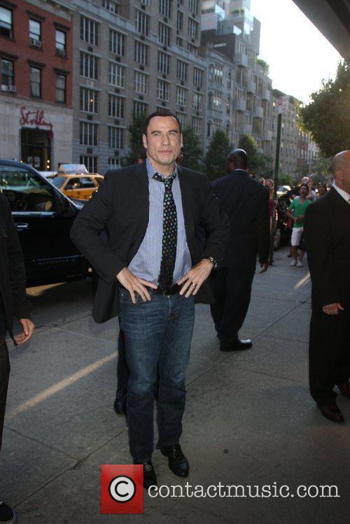 john travolta new york premiere of savages 5870563