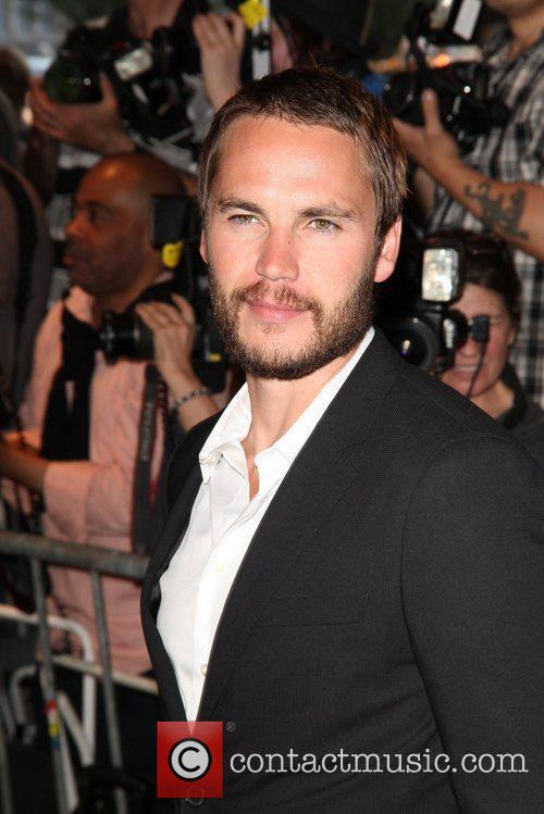 taylor kitsch new york premiere of savages 5870591