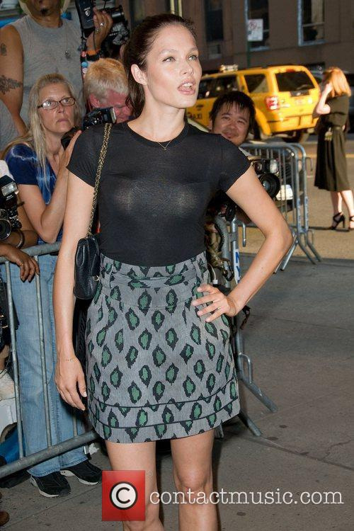 lonneke engel new york premiere of savages 3967154