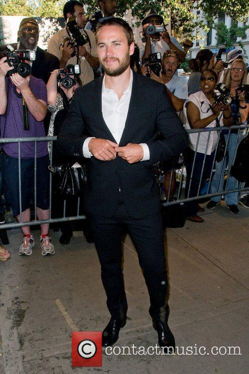 taylor kitsch new york premiere of savages 3967142