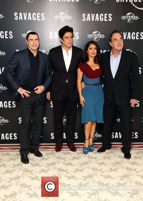 John Travolta, Salma Hayek, Benicio Del Toro and Oliver Stone 7