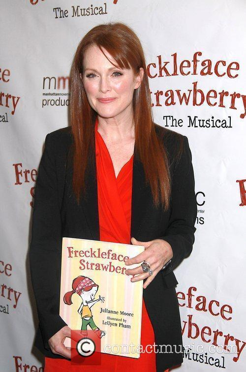julianne moore manhattan movement and arts center 5768484