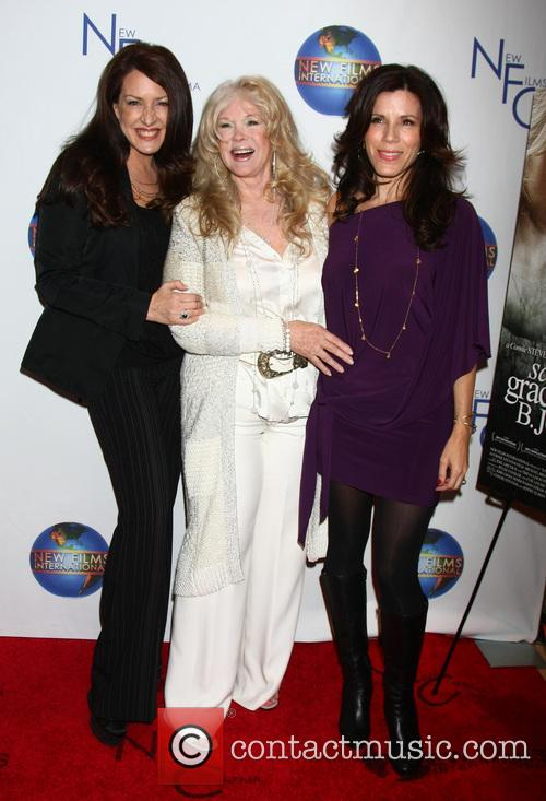 Joely Fisher; Connie Stevens; Tricia Leigh Fisher 'Saving...