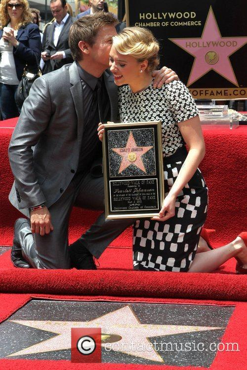 Jeremy Renner, Scarlett Johansson and Star On The Hollywood Walk Of Fame 1