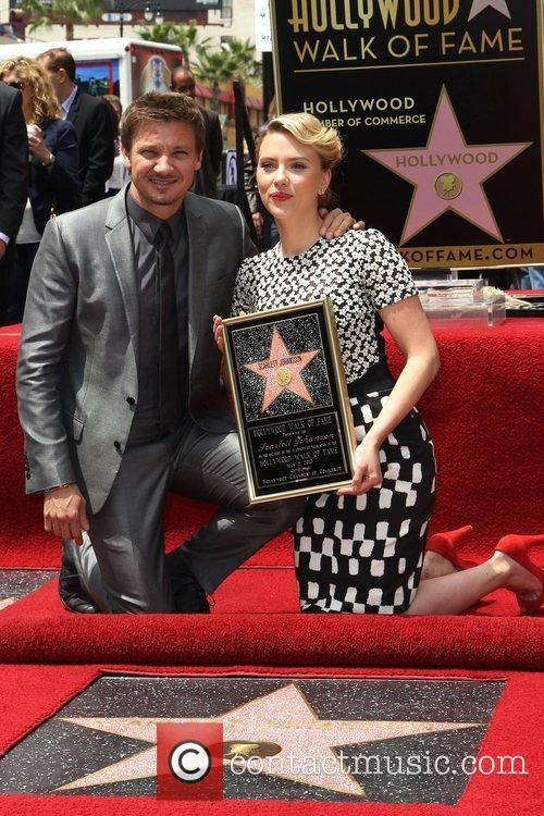 Jeremy Renner, Scarlett Johansson and Star On The Hollywood Walk Of Fame 4