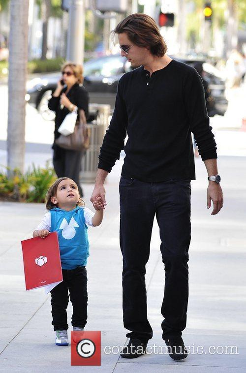 Scott Disick and Mason 5