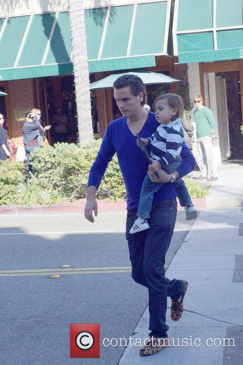 Scott Disick and Mason 7