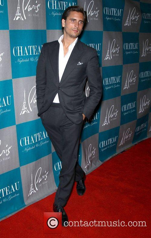 scott disick walks the red carpet at 4104764