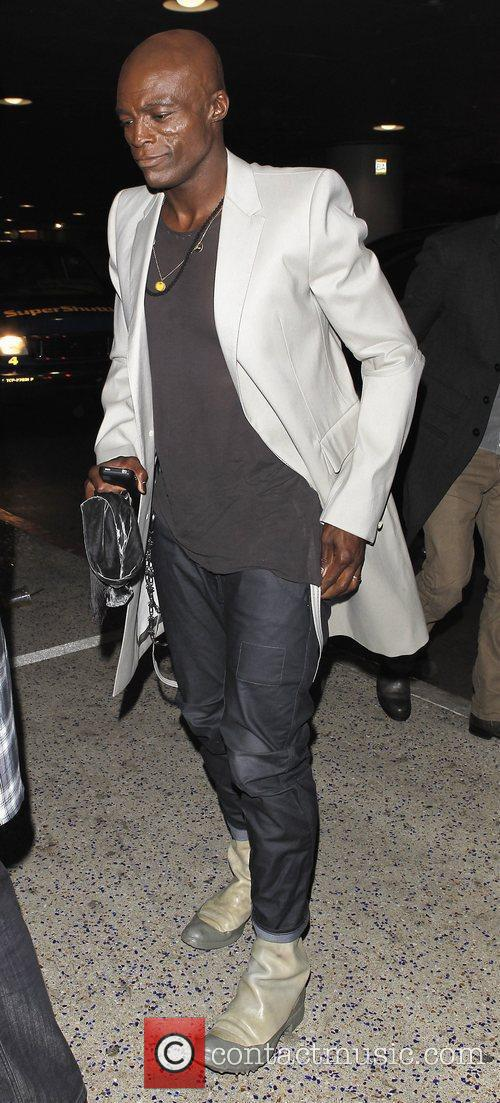 seal arrives at lax airport to catch 3702871