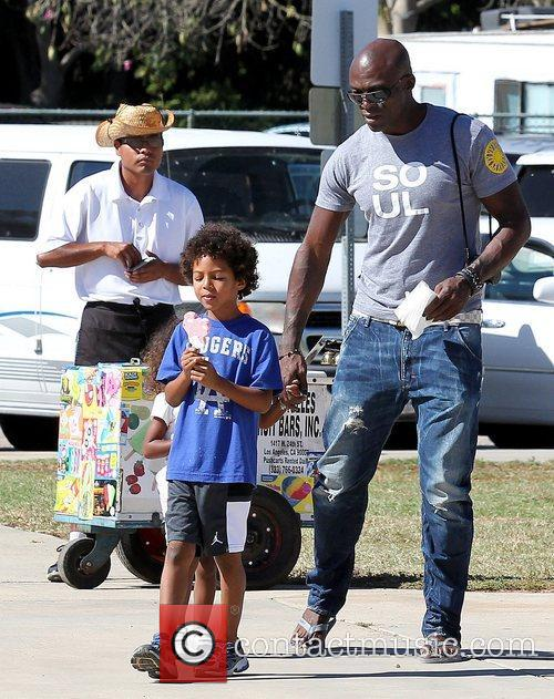 Johan Samuel and Seal 4