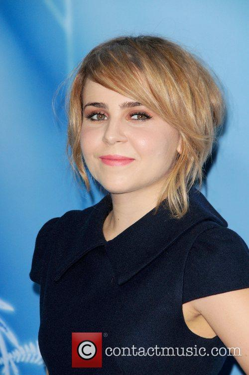 mae whitman attends the premiere of disneys 4135955