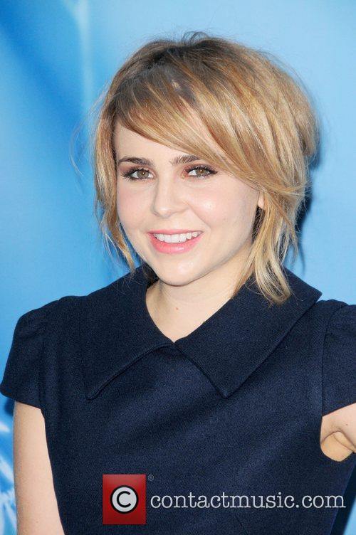mae whitman attends the premiere of disneys 4135970