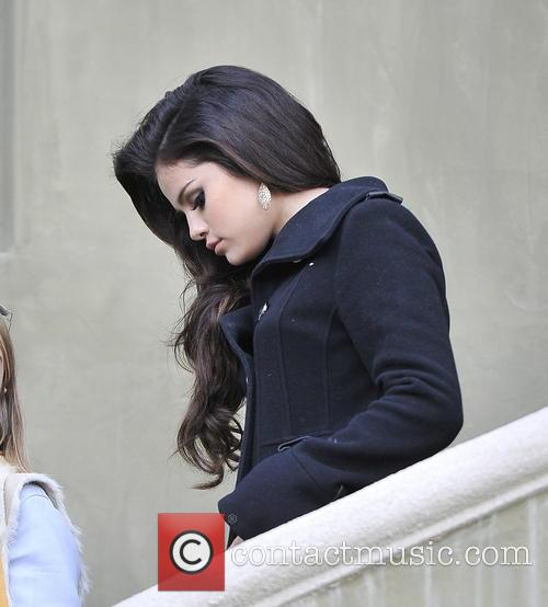 Selena Gomez and Beverly Hilton Hotel 3