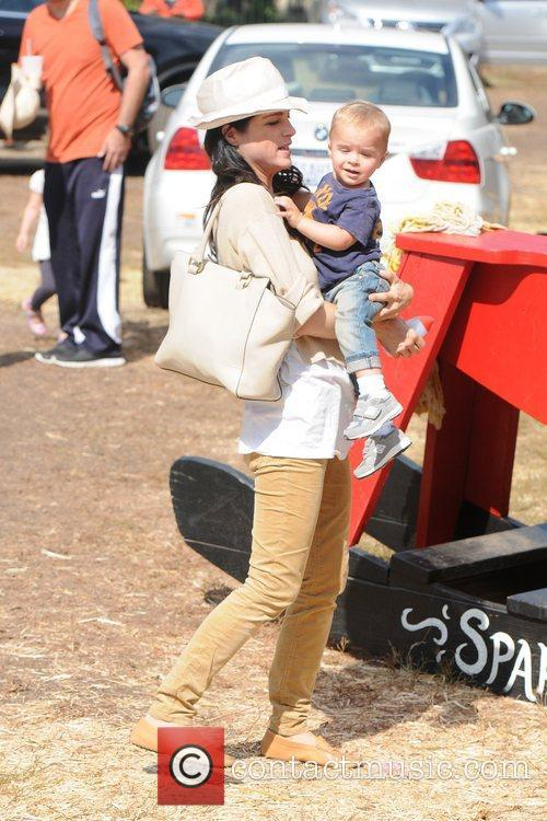 Selma Blair, Arthur Saint Bleick, Mr. Bones Pumpkin Patch, Los Angeles and California 1