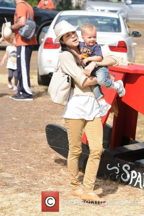 Selma Blair, Arthur Saint Bleick, Mr. Bones Pumpkin Patch, Los Angeles and California 5