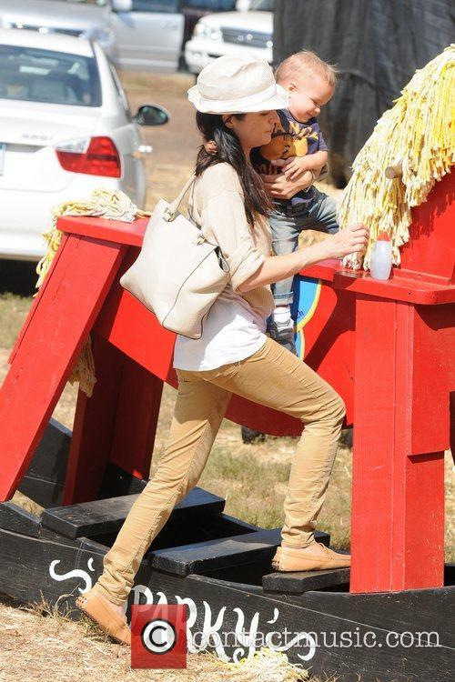 Selma Blair, Arthur Saint Bleick, Mr. Bones Pumpkin Patch, Los Angeles and California 2