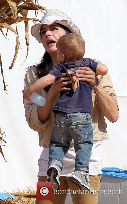 selma blair and her son arthur saint 5932550