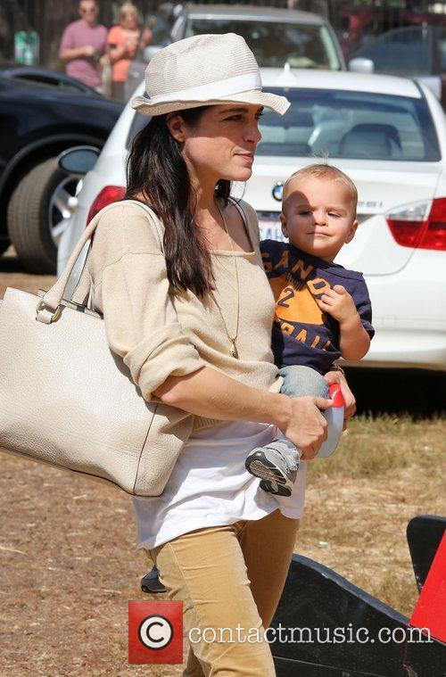 Selma Blair, Arthur Saint Bleick, Mr. Bones Pumpkin Patch
