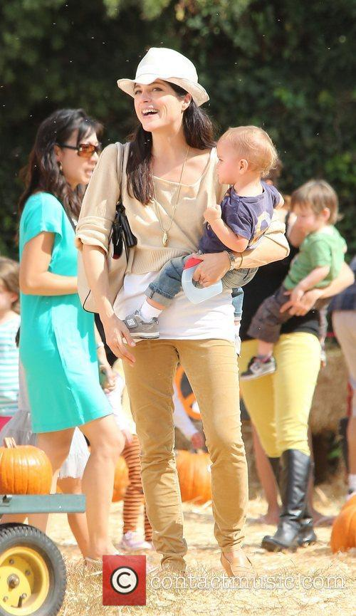 Selma Blair, Arthur Saint Bleick and Mr. Bones Pumpkin Patch 11