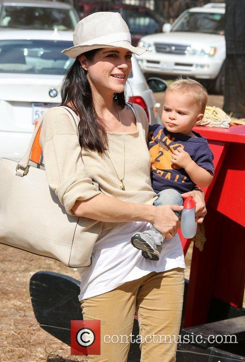 Selma Blair, Arthur Saint Bleick and Mr. Bones Pumpkin Patch 10