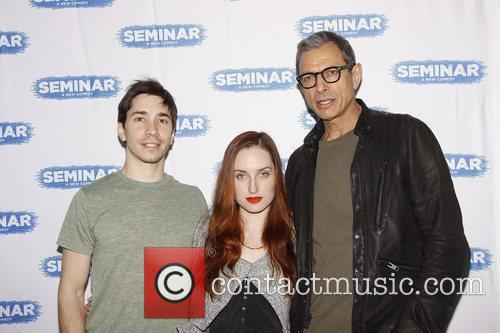 Justin Long, Jeff Goldblum and Zoe Lister Jones 4