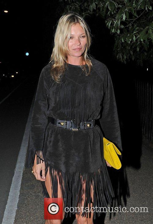Kate Moss and Serpentine Gallery 1