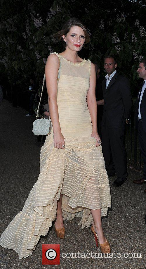 Mischa Barton and Serpentine Gallery 21