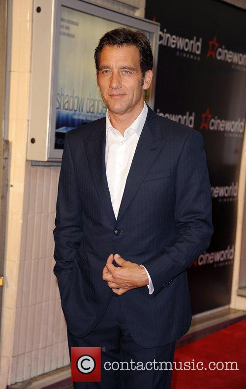 clive owen celebrities attend the premiere of 5892940