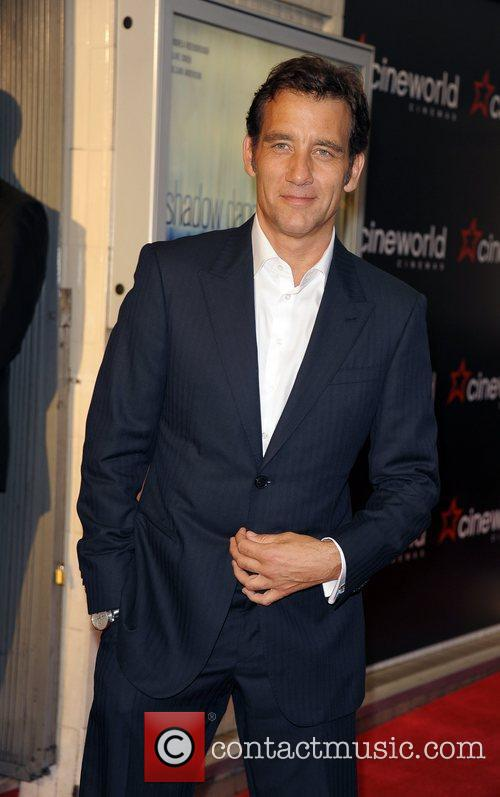 clive owen celebrities attend the premiere of 5892942