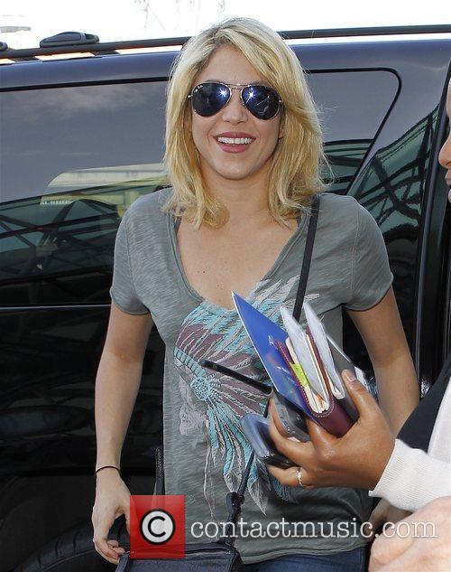 Shakira 38