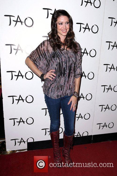 Shannon Elizabeth 6