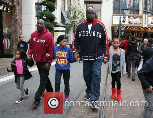 Shaquille O'Neal, Santa, The Grove
