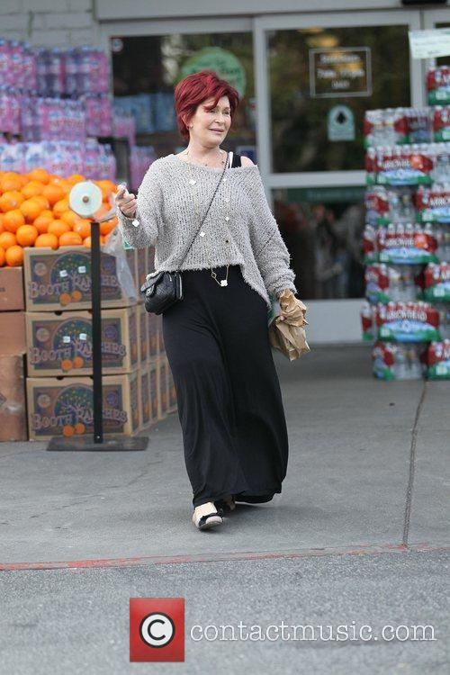 Sharon Osbourne goes grocery shopping at Bristol Farms...