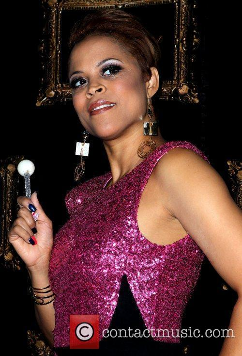 Shaunie O'Neal walks the red carpet at Gallery...