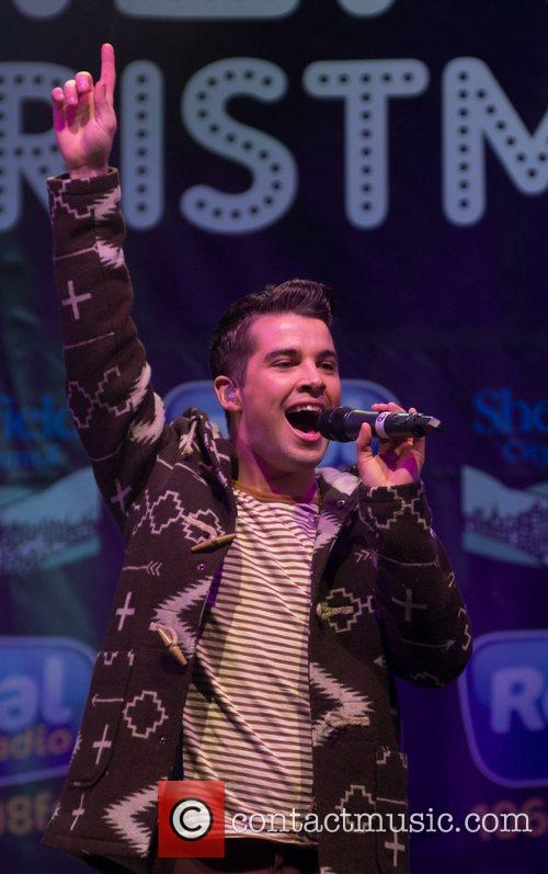 joe mcelderry performs at the sheffield christmas 4179968
