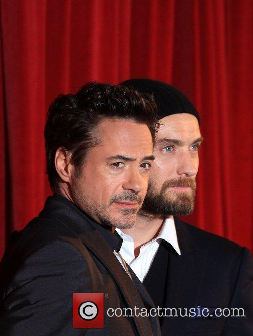 Robert Downey Jr and Jude Law 10