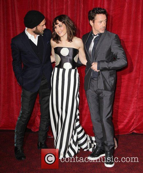 Jude Law, Noomi Rapace and Robert Downey Jr 8