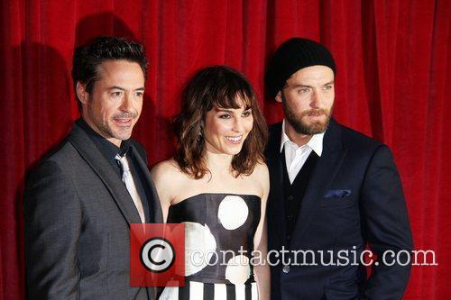 Robert Downey Jr, Jude Law and Noomi Rapace 6