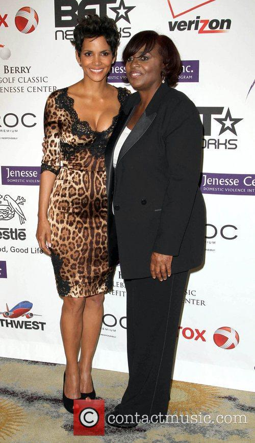 halle berry and karen earl jenesse silver 3828527