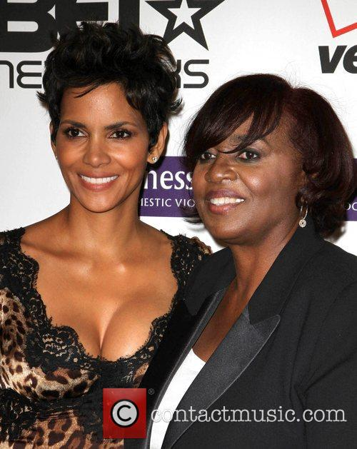 halle berry and karen earl jenesse silver 3828540