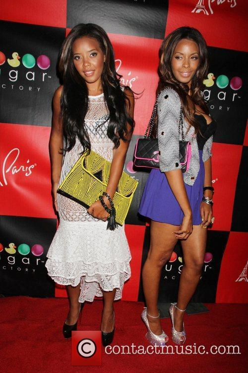 Angela simmons vanessa simmons and angela simmons celebrate at sugar factor - Simmons simmons paris ...