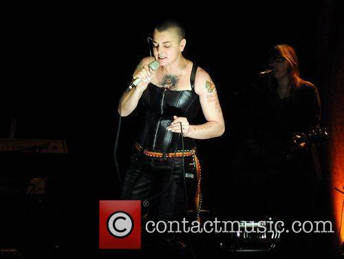 Sinead Oconnor and Olympia 9
