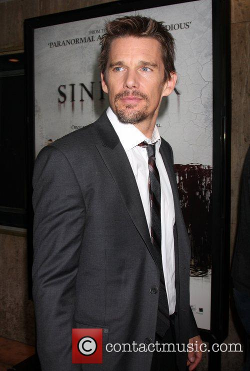 ethan hawke attends the screening of summit 4107432